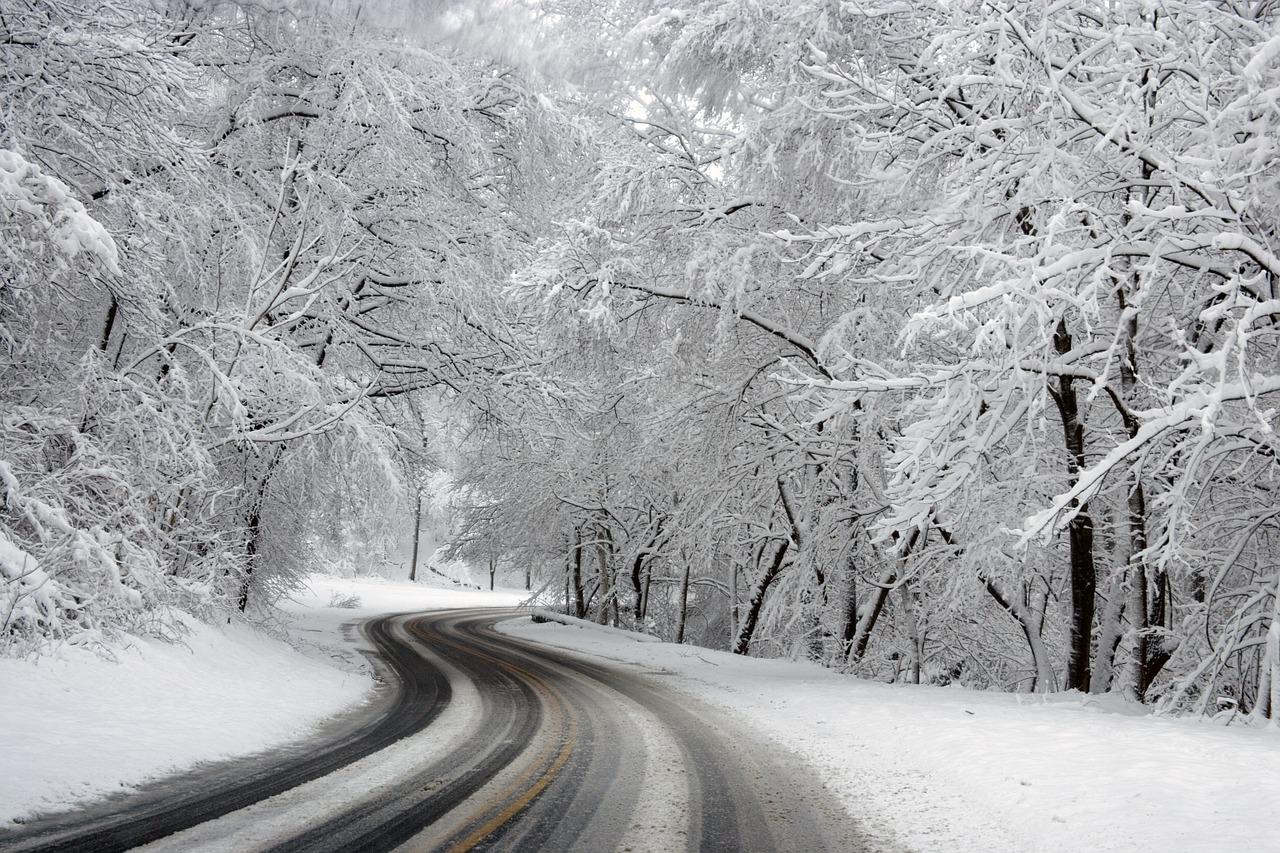 Schneeräumen mit dem Jimny